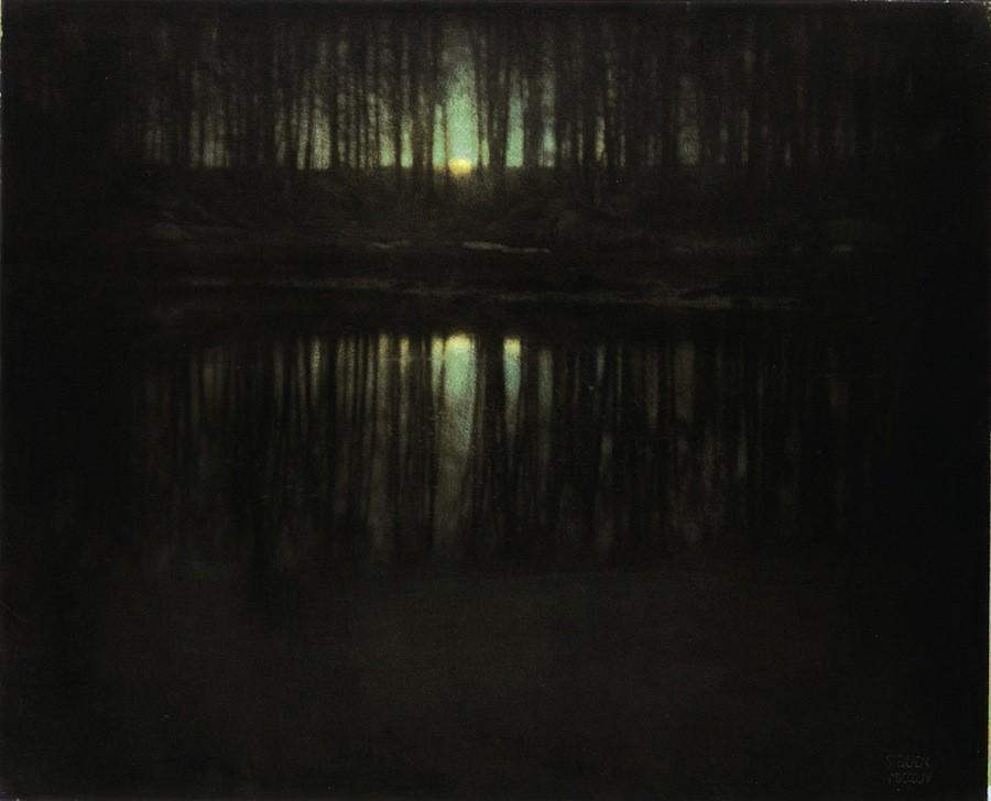 Озеро в лунном свете (1904)